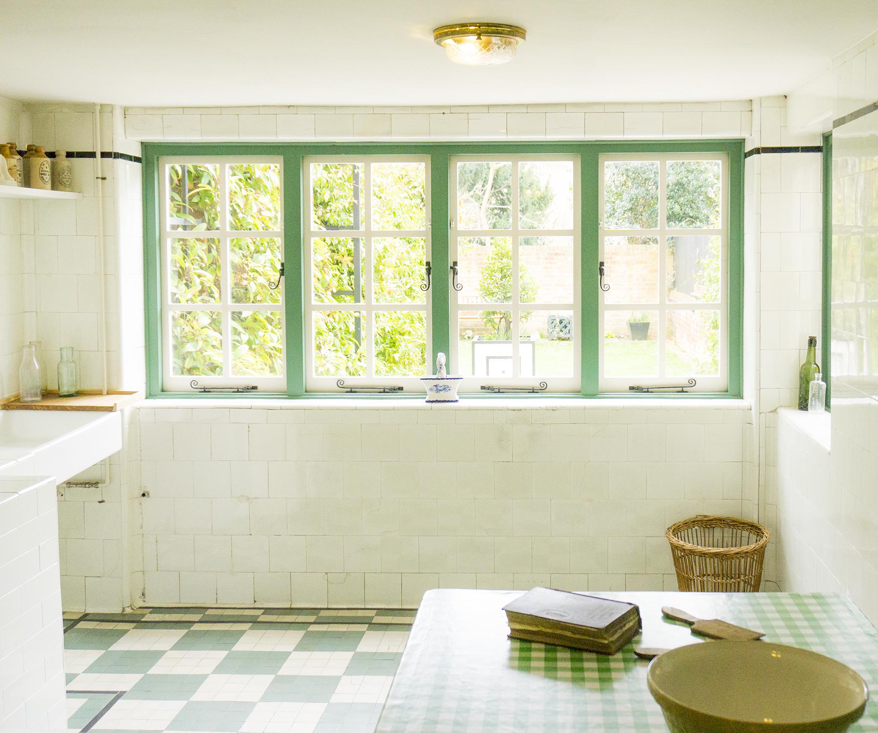 colour + shape | Interior Design Studio | Cambridge - 78 Derngate Kitchen