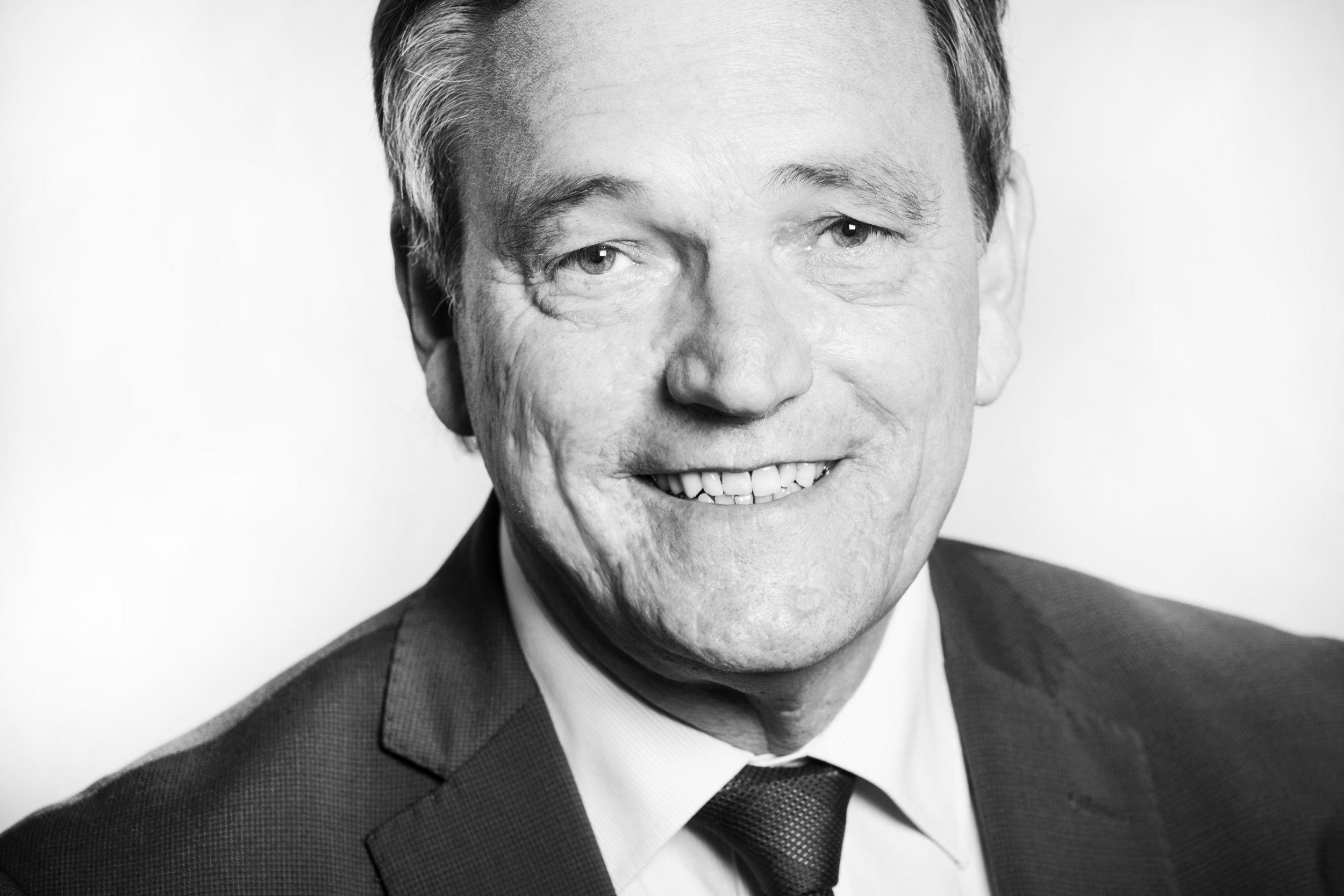 Schwarz-Weiß-Porträt Hans-Jürgen Franz