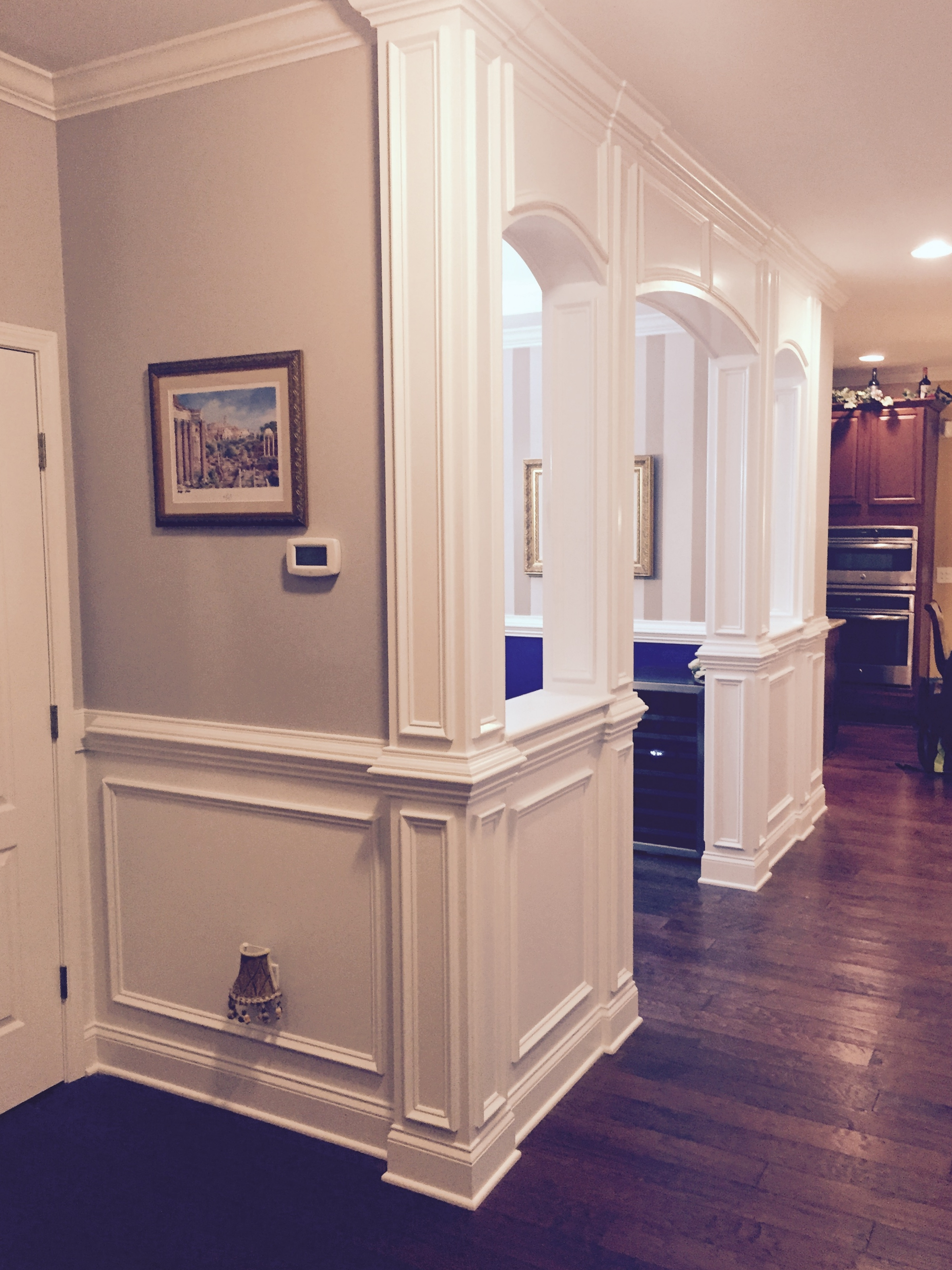 Decorative & Load-Bearing Columns with Crown