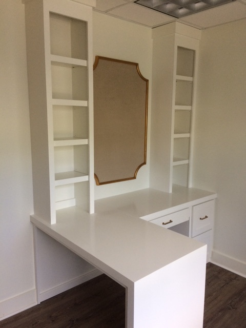 Custom Desk with Waterfall Countertop, Shaker Drawer Fronts & Adjustable Shelves