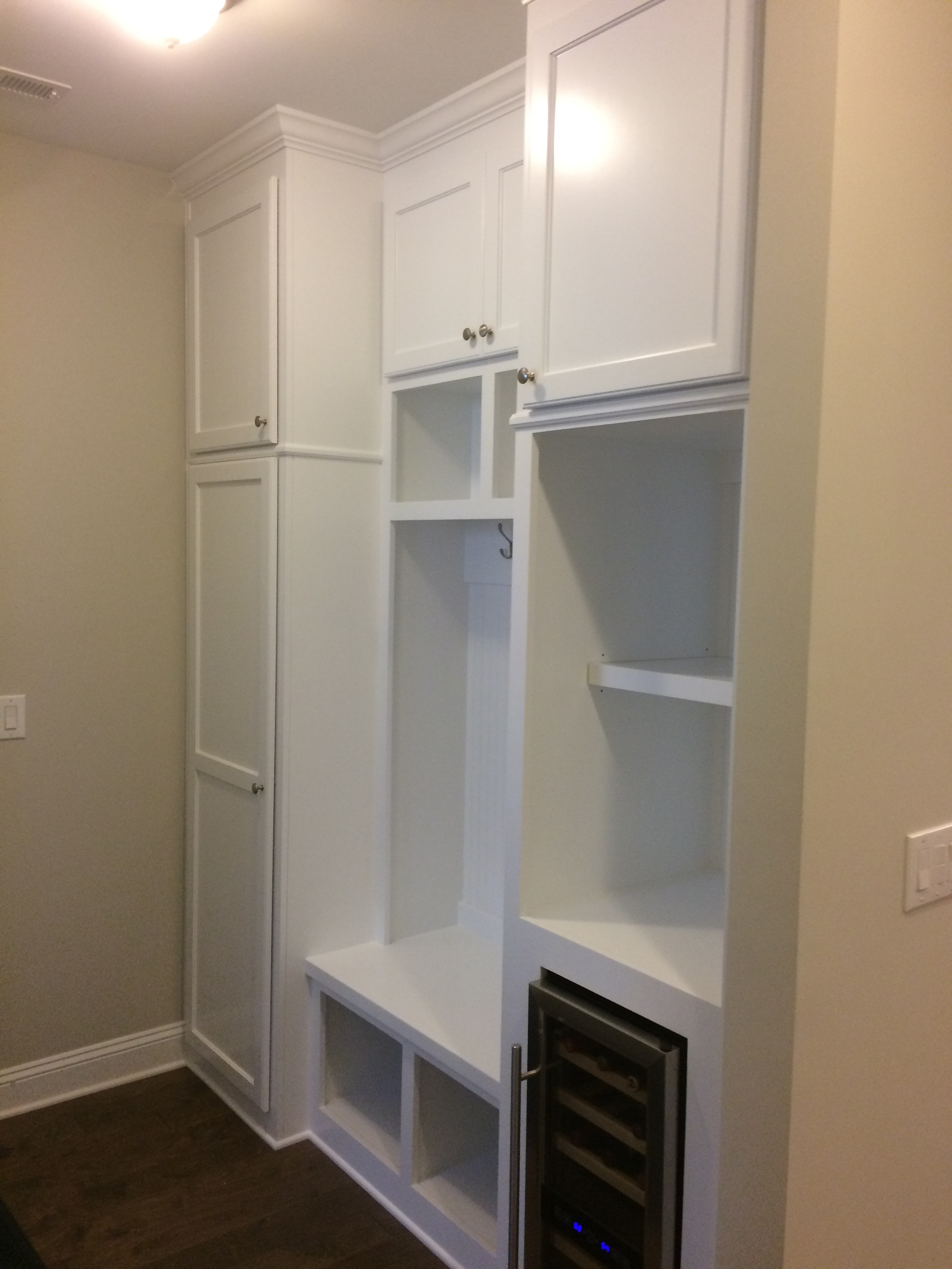 Mud Bench with Shaker Doors, Open Cubbies, Mini Fridge Opening, and Crown