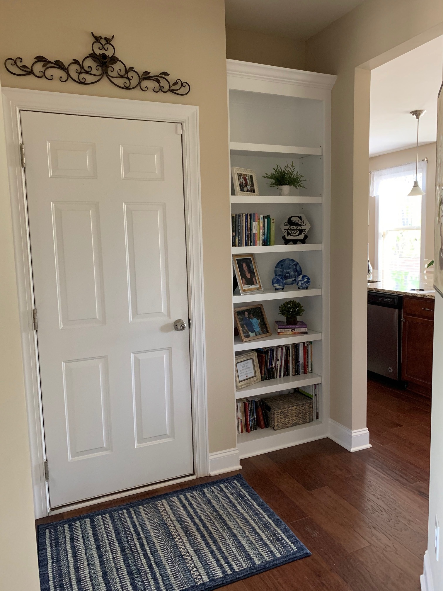 Niche Bookcase with Adjustable Shelves