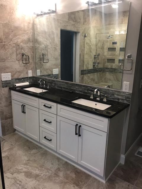 Custom Double-Sink Vanity with Shaker Doors & Drawers