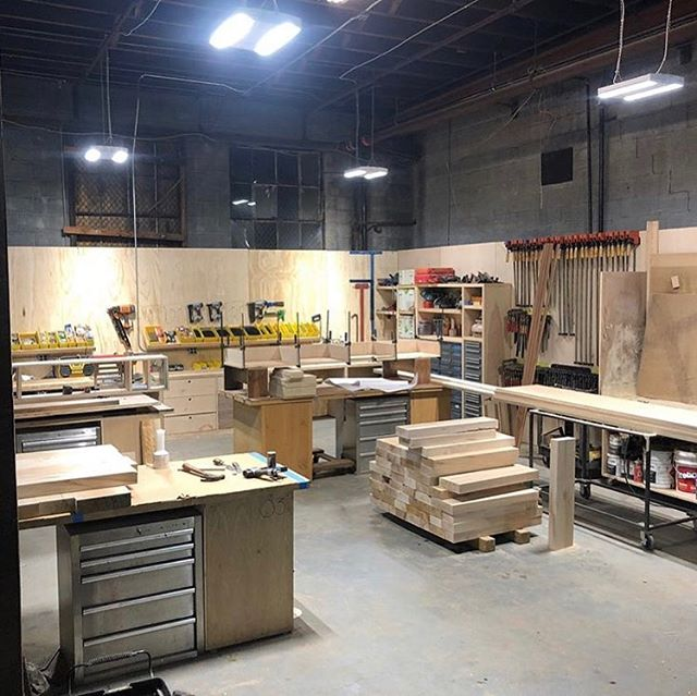 A little behind the scenes peek at our lit up workbench area and sanding booth.💡