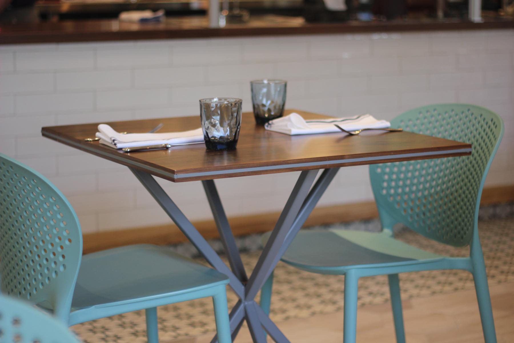 saddle-river-cafe-table.jpg