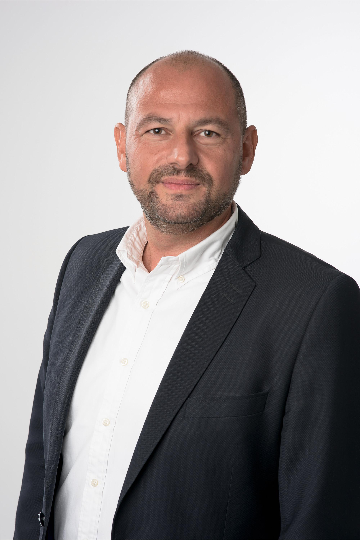 ROBERT ADAM JACOBSEN FOUNDER / CEO +47 951 58 500  rj@agenthuset.no