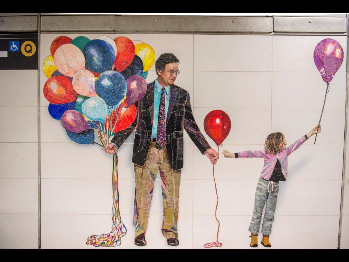 muniz-recreated-all-of-his-photographs-using-mosaics.jpg
