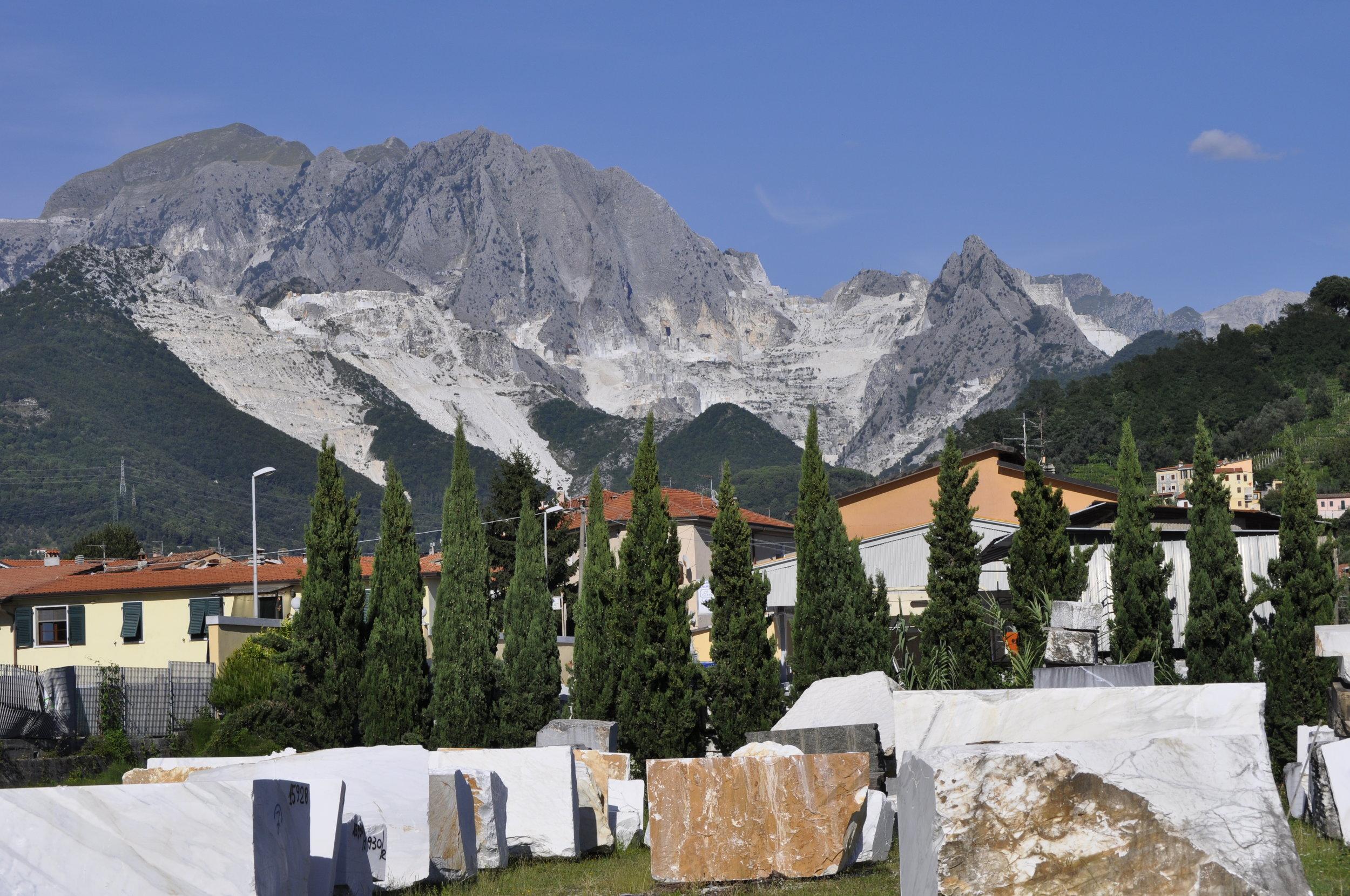 Carrara Block Yard (3).jpg