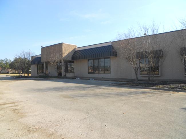Kent Street   2504 KENT ST. bRYAN, TX 77802