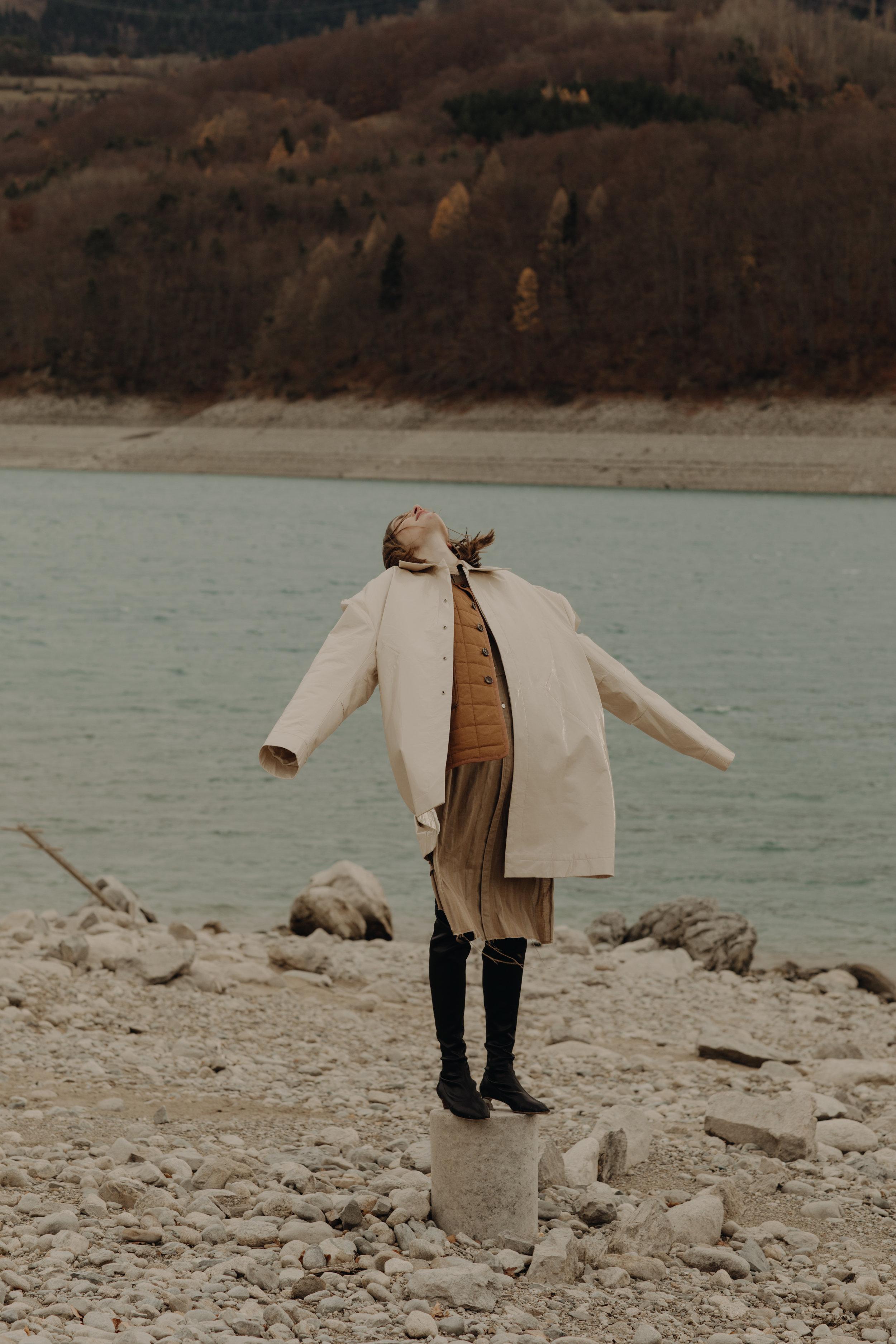 Coat  SEAN SUEN   Jacket  JOSEPH   Shirt  CHRISTIAN DADA  Shoes  DAVID BEAUCIEL