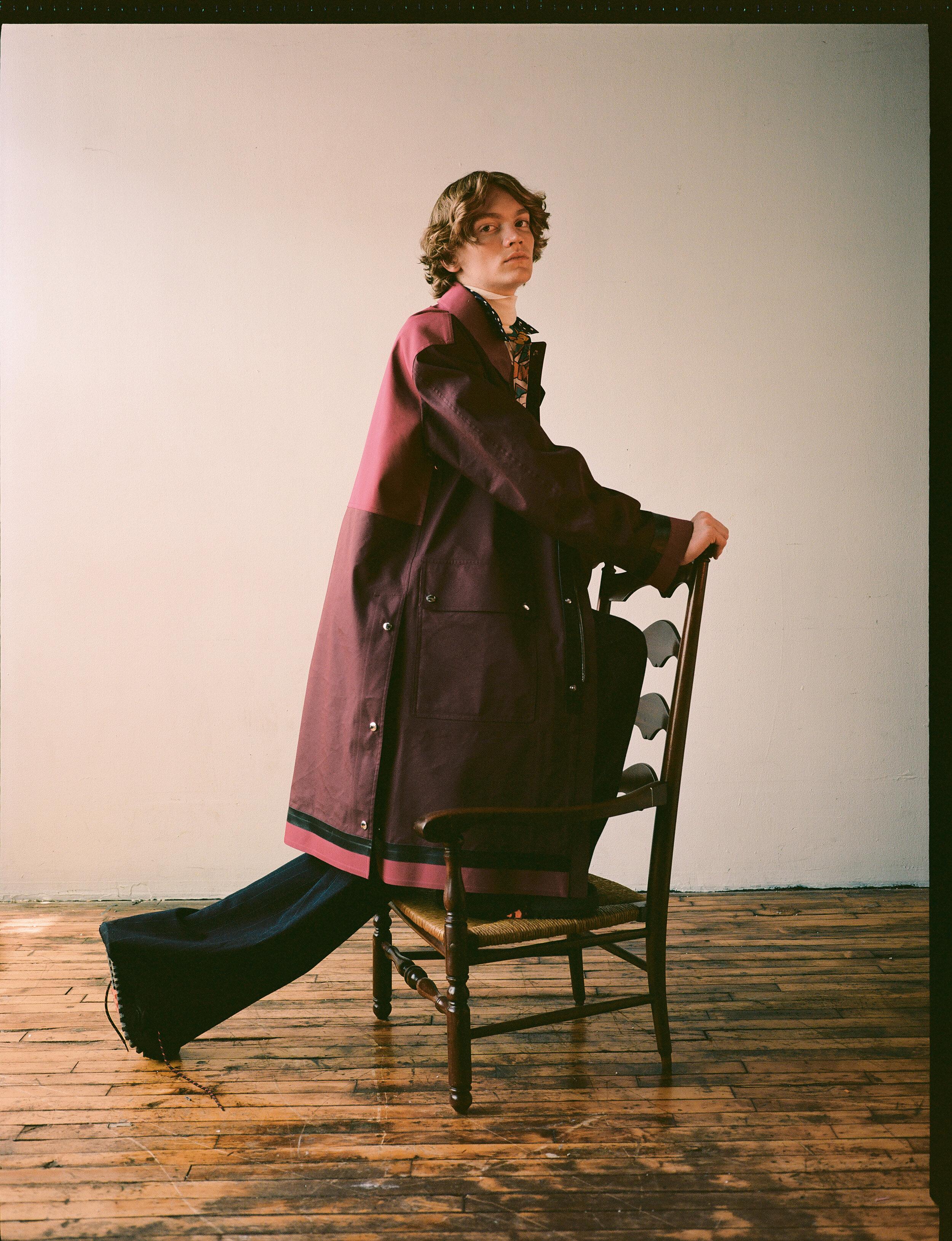 Coat  BERLUTI  Shirt  COMME DES GARCONS SHIRT  Trousers  DUNHILL  Shoes  LOUIS VUITTON