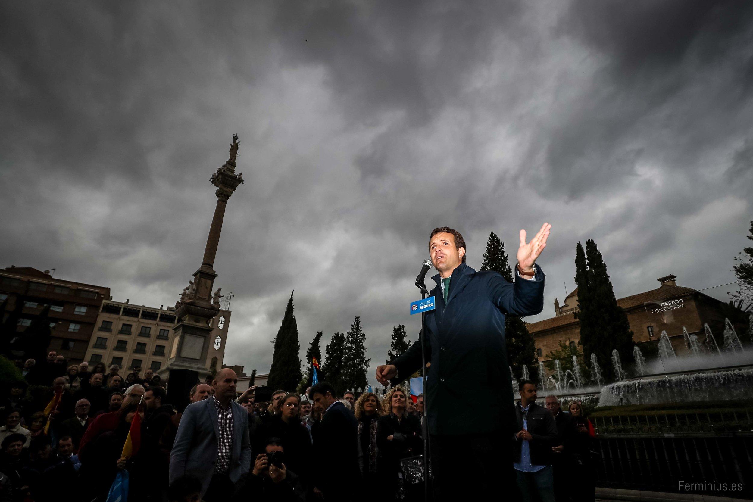 24/4/19 - El presidente nacional del Partido Popular, Pablo Casado, en un acto público de campaña en Granada