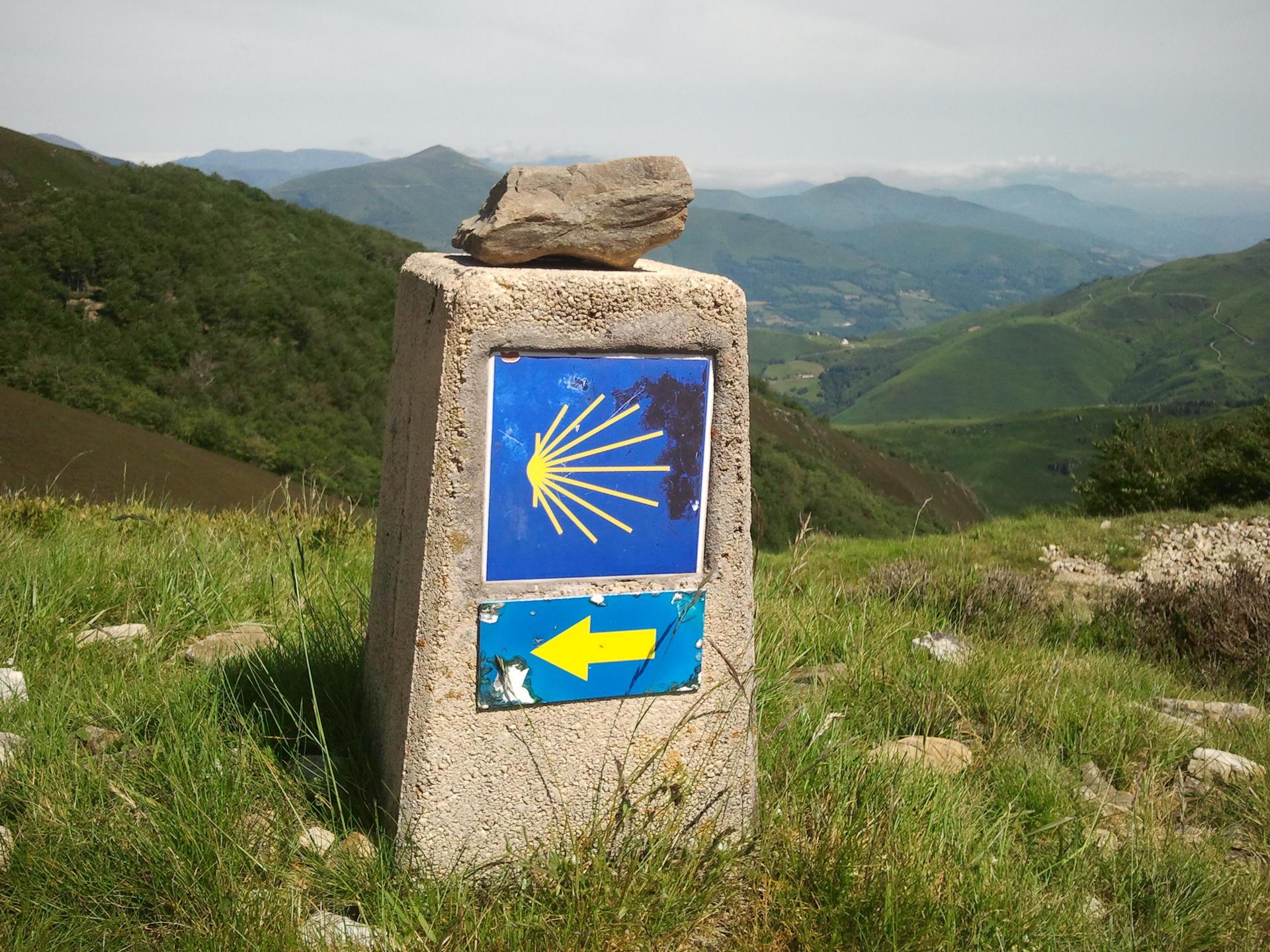 1745_260_Roncesvalles-Camino-Frances.jpg