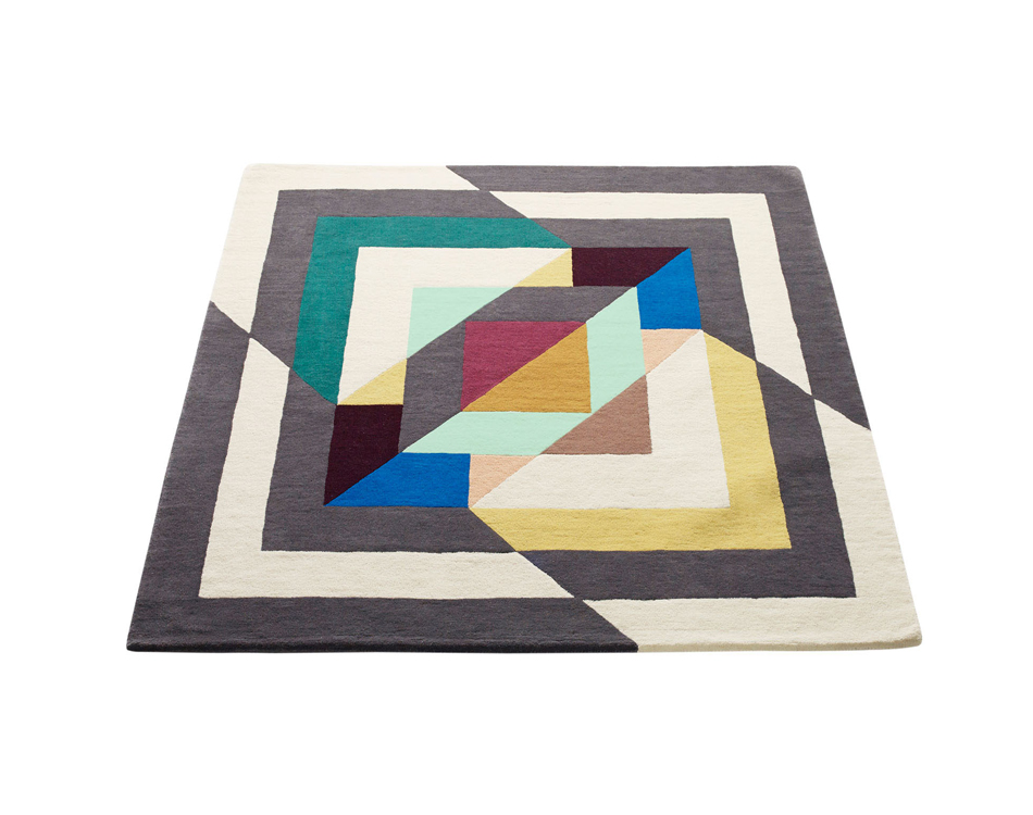 """""""Rosa"""" handtufted rug 200x200cm Limited edition-sold out"""