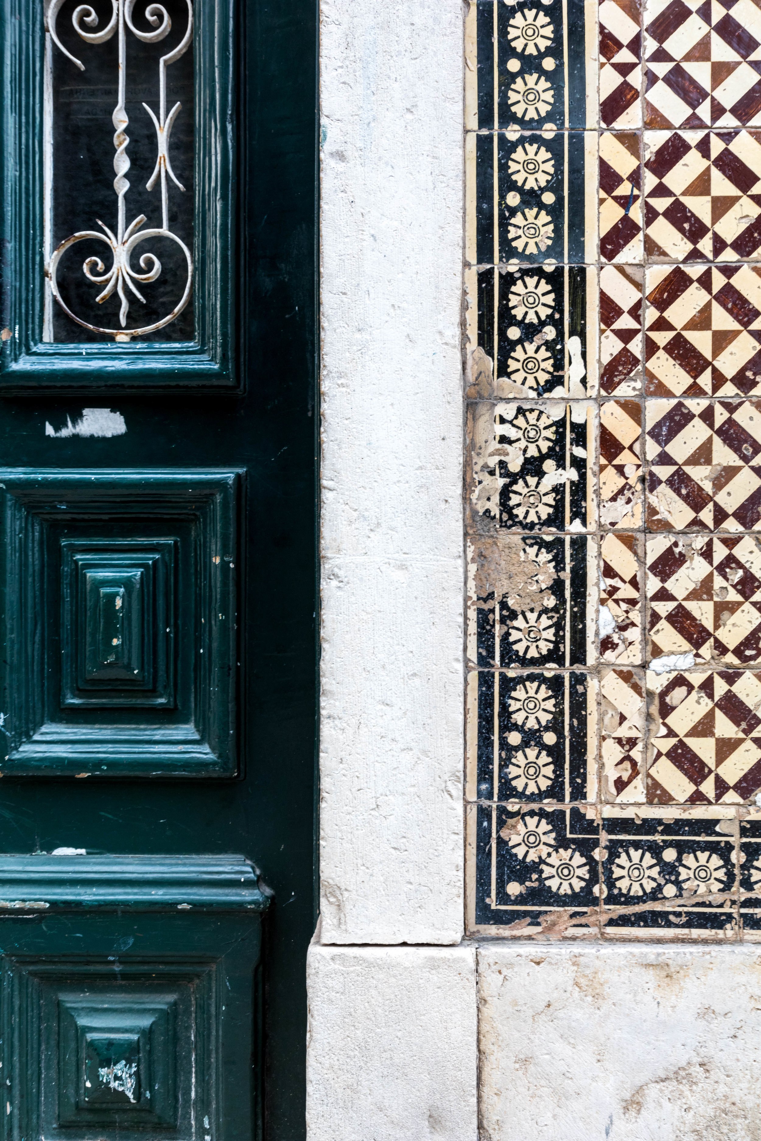 Fragments of Lisbon - Shannon Hammond Photography-12.jpg