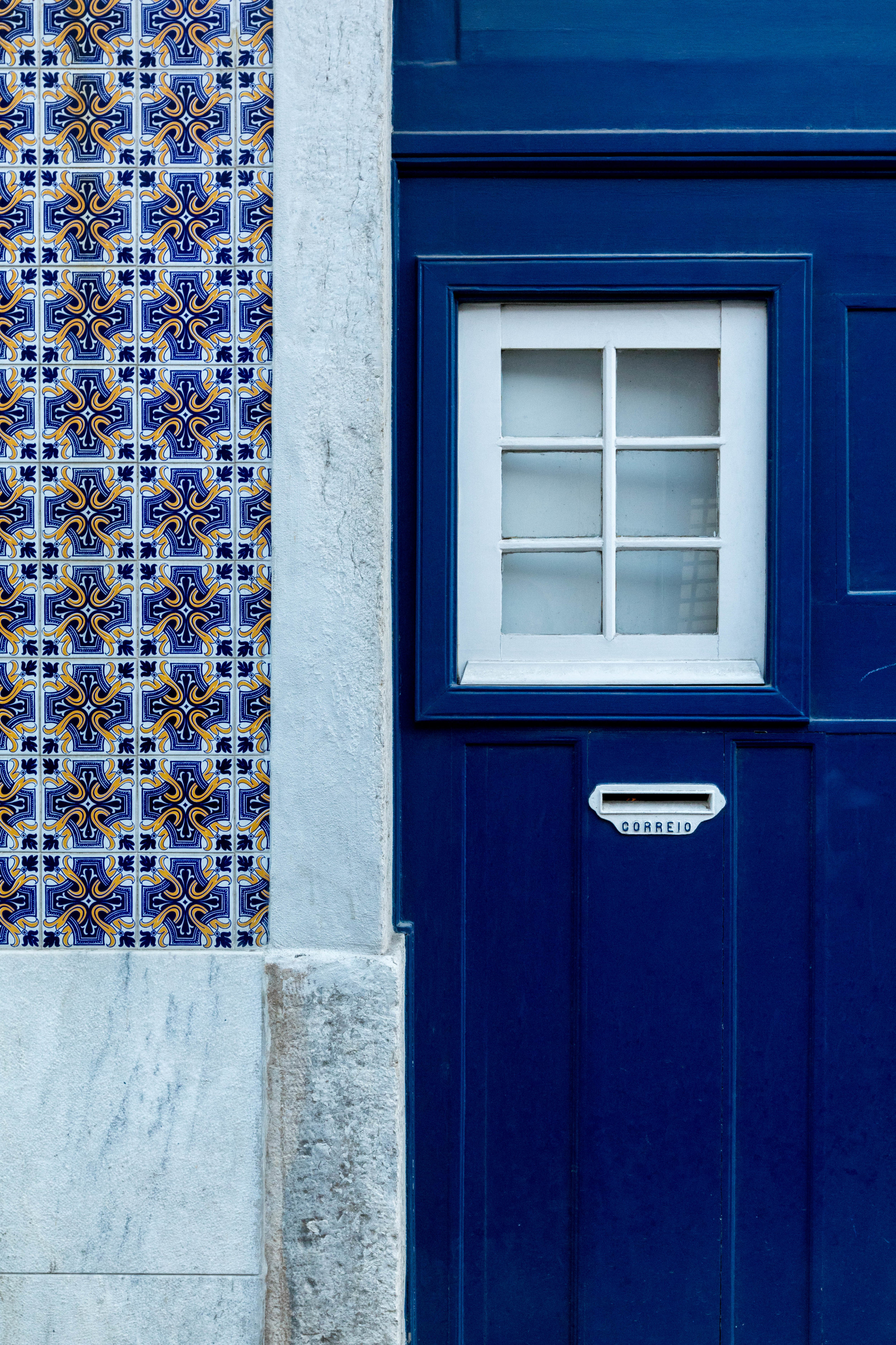 Fragments of Lisbon - Shannon Hammond Photography-30.jpg