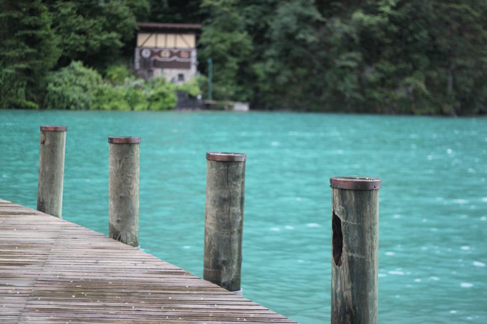 switzerland-lake.jpg