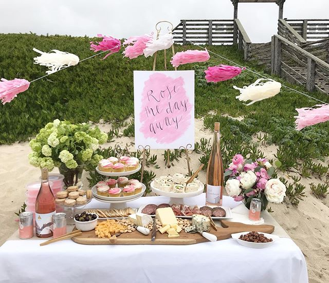 A picnic at the beach for #internationalrosémonth? It's a good thing. @marthastewart
