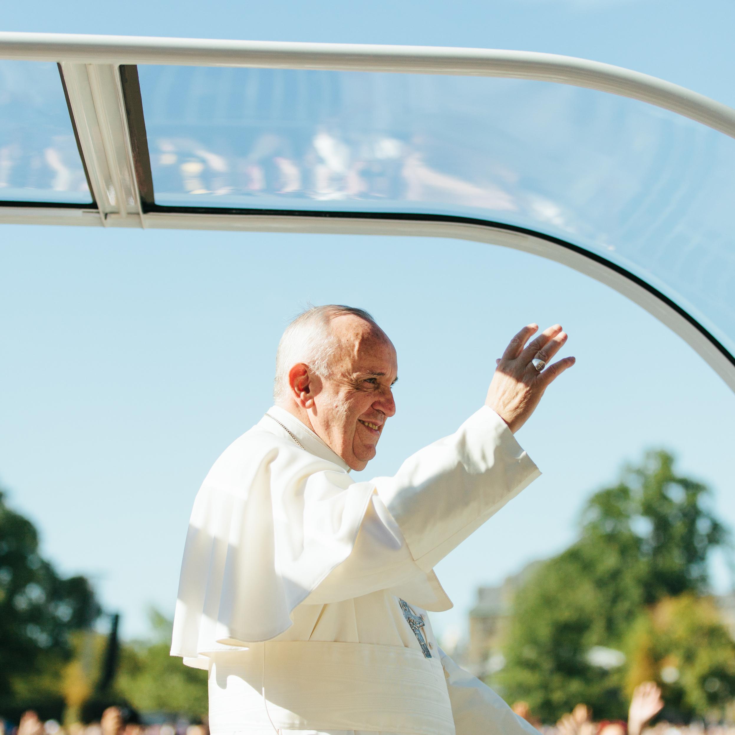 Pope+Francis+in+Washington+DC+by+Branden+Harvey.jpg