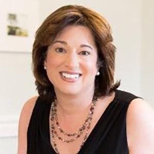 Annette Flynn - Senior Coach