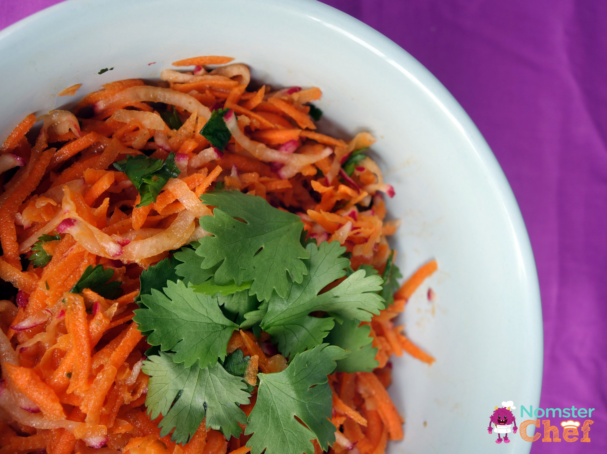 cinco-de-mayo-mexican-carrot-slaw | Nomster Chef