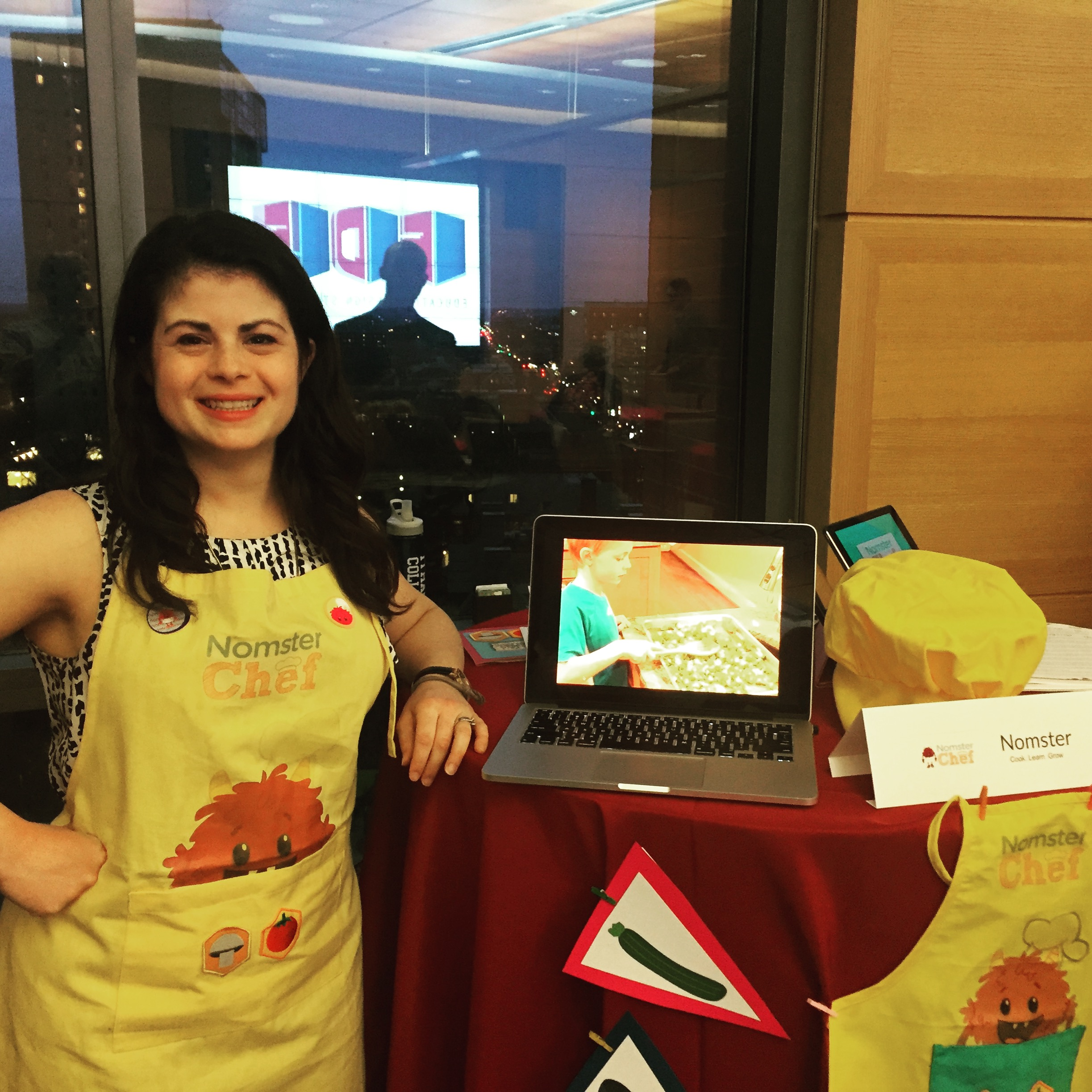 Ashley Moulton headshot Nomster Chef