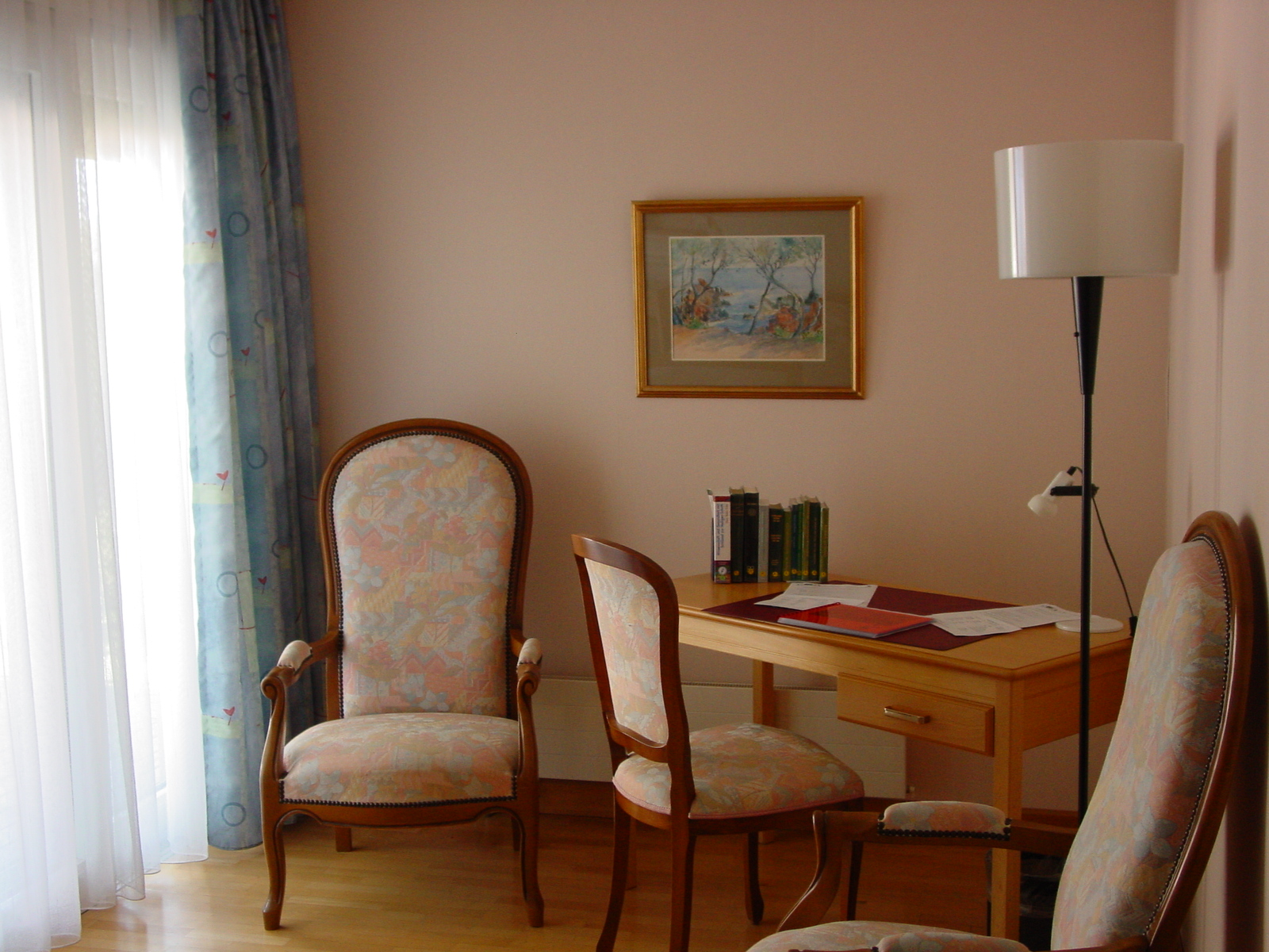 Le-Verger-Roomdesk.jpg