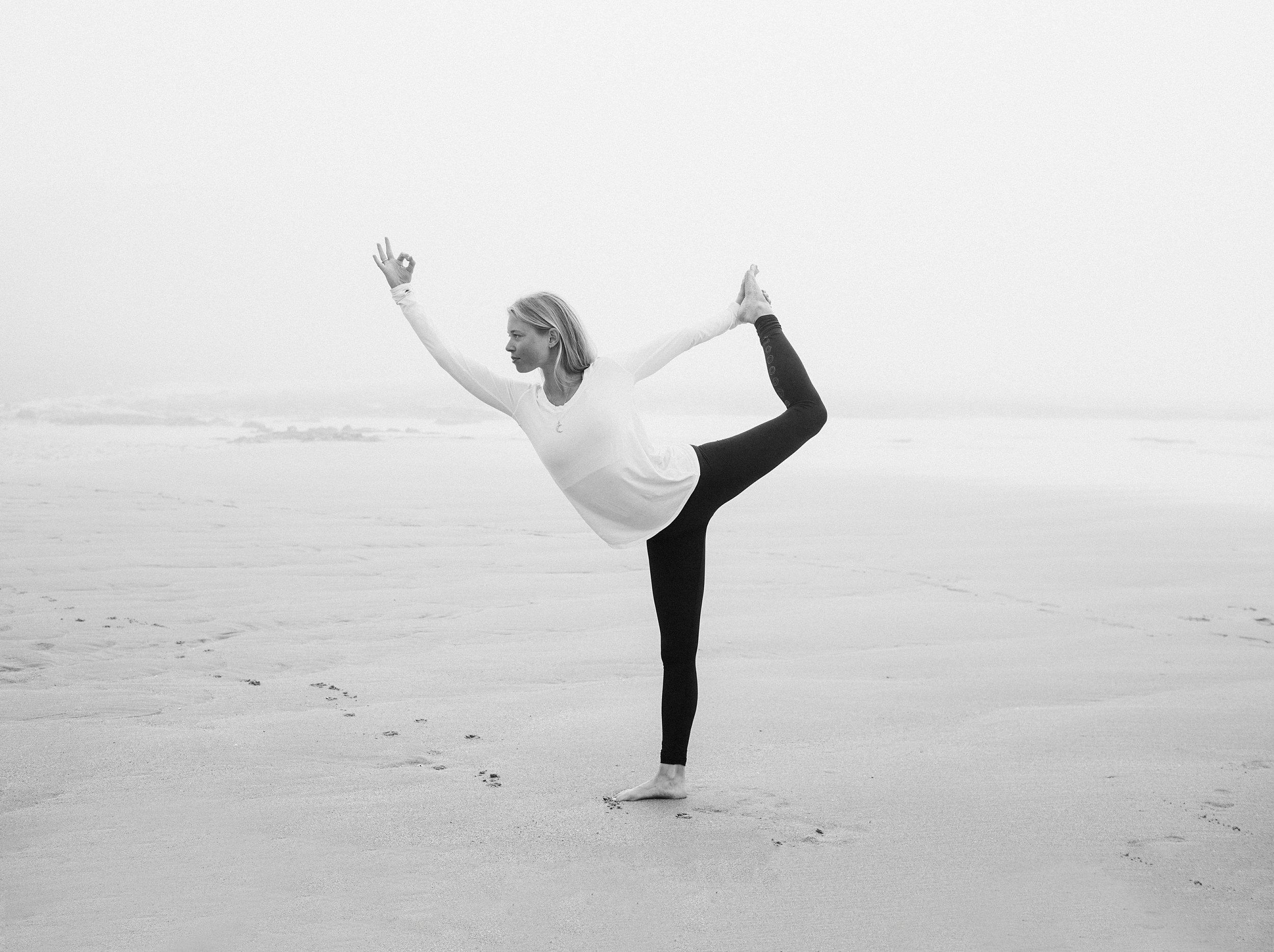 Aevi Marie Hansen Yoga