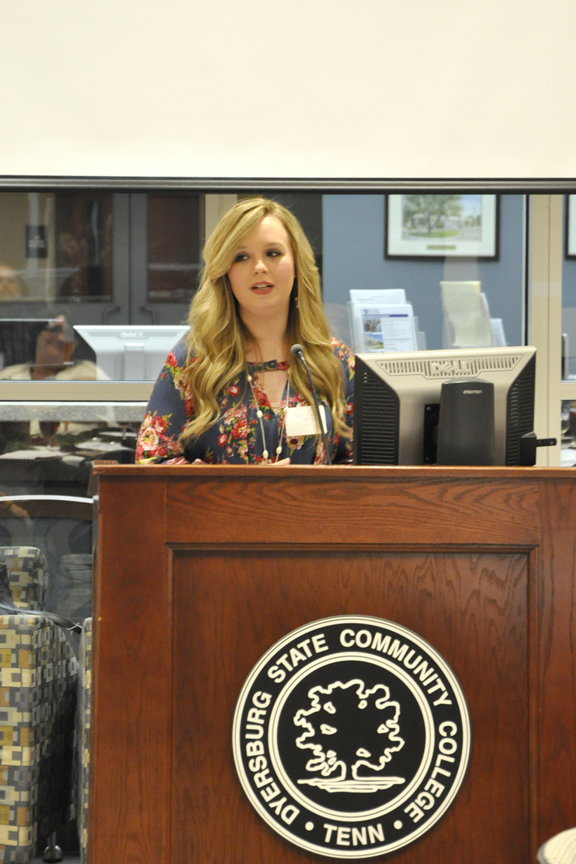 DSCC nursing student Danielle Reynolds of Dyersburg thanked board members for their support at the College's annual Foundation board meeting and dinner Nov. 15 at the Student Center on the Dyersburg campus.