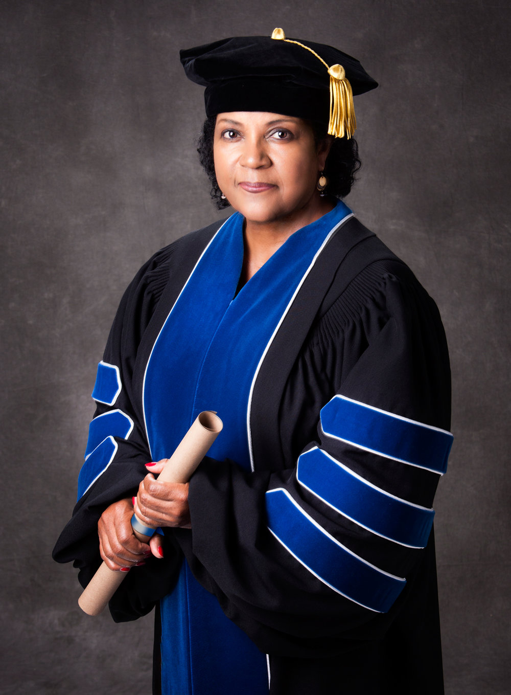Dr. Carolyn Smith Goings of Dyersburg, Tennessee has been awarded a PhD in  Leadership and Change from Antioch University. — The CrimeSEEN Examiner News