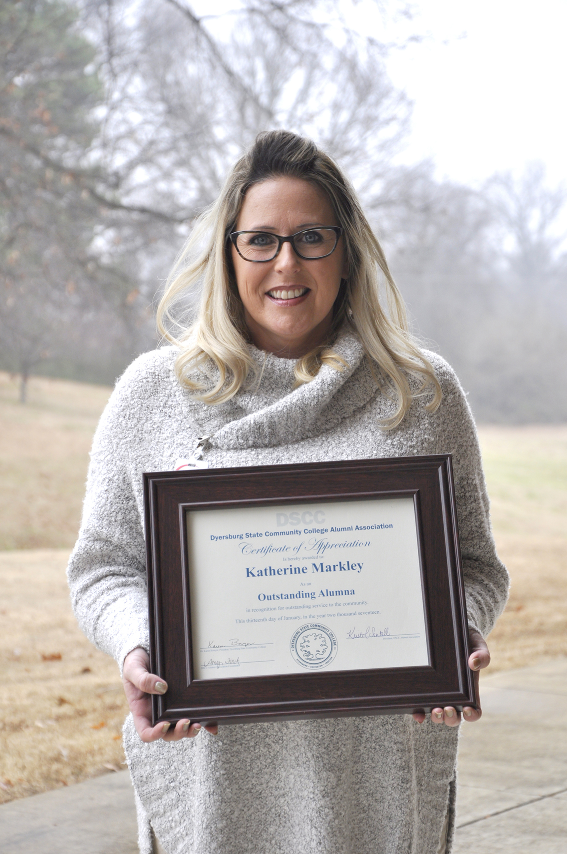Katherine Markley of Atoka received DSCC's Outstanding Alumni Award during the College's annual spring update for faculty and staff Jan. 13.