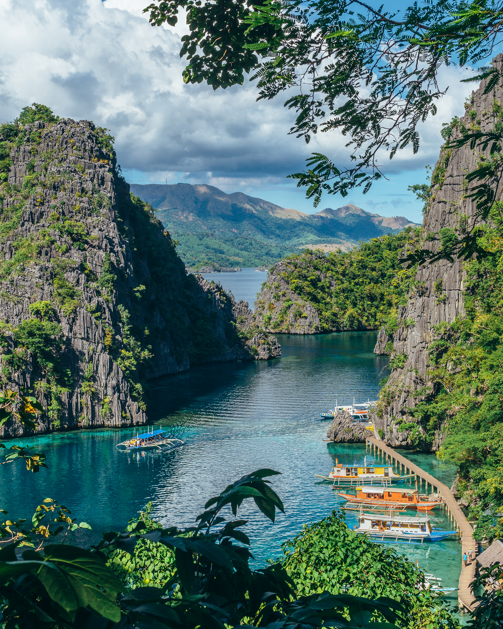 The classic Coron photo. For info on where to find this viewpoint, read on!