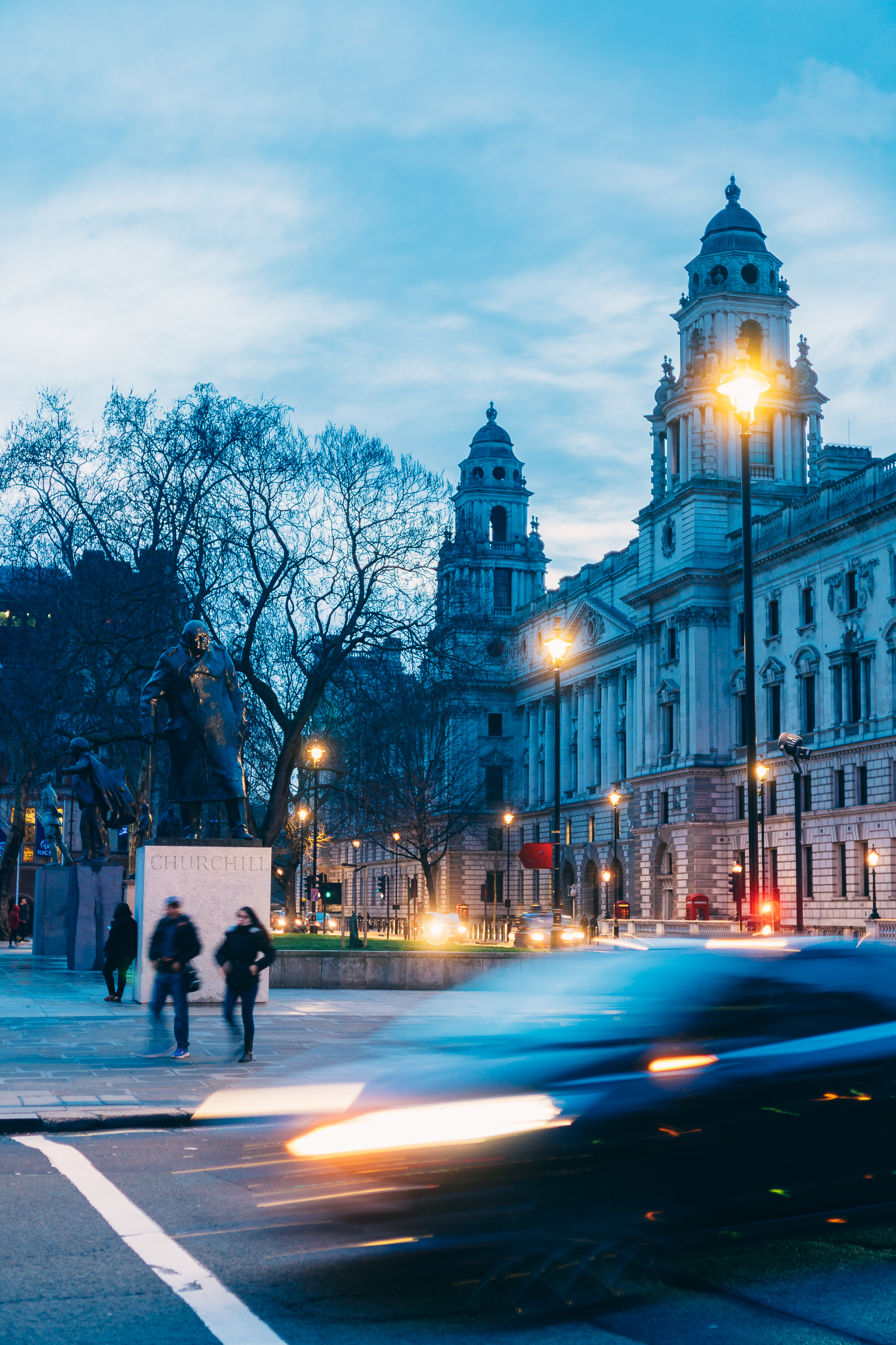 Things to do in London on a Budget - Iconic Locations-1.jpg