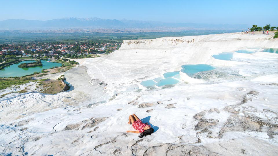 Pamukkale travertines.jpg
