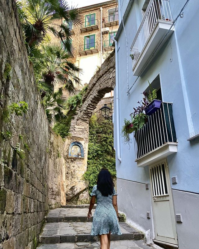 "Travel quote of the week: ""Because in the end, you won't remember the time you spent working in the office or mowing your lawn. Climb that goddamn mountain."" ― Jack Kerouac⠀ .⠀ .⠀ .⠀ .⠀ .⠀ #italy #sorrento #travelgram #culturetrip #wanderlust #globetrotters #backpacking #traveladdict #travelphotography #worldtraveller #travelawesome #neverstopexploring #sharetravelpics #travelblog #worldnomads #backpackerlife #couplegoals #mytinyatlas #cntraveler #iphone #iphoneography"