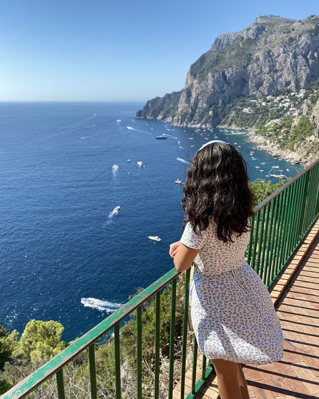Here's one overlooking one of jaw dropping viewpoints at Capri. We're *currently*  enjoyng our newest adventure and destination: Tanzania. Don't miss out on our Stories during the next 2 weeks to catch the amazing experiences we've got coming up!⠀ .⠀ .⠀ .⠀ .⠀ .⠀ #italy #capri #travelgram #culturetrip #wanderlust #globetrotters #backpacking #traveladdict #travelphotography #worldtraveller #travelawesome #neverstopexploring #sharetravelpics #travelblog #worldnomads #backpackerlife #couplegoals #mytinyatlas #cntraveler #iphone #iphoneography