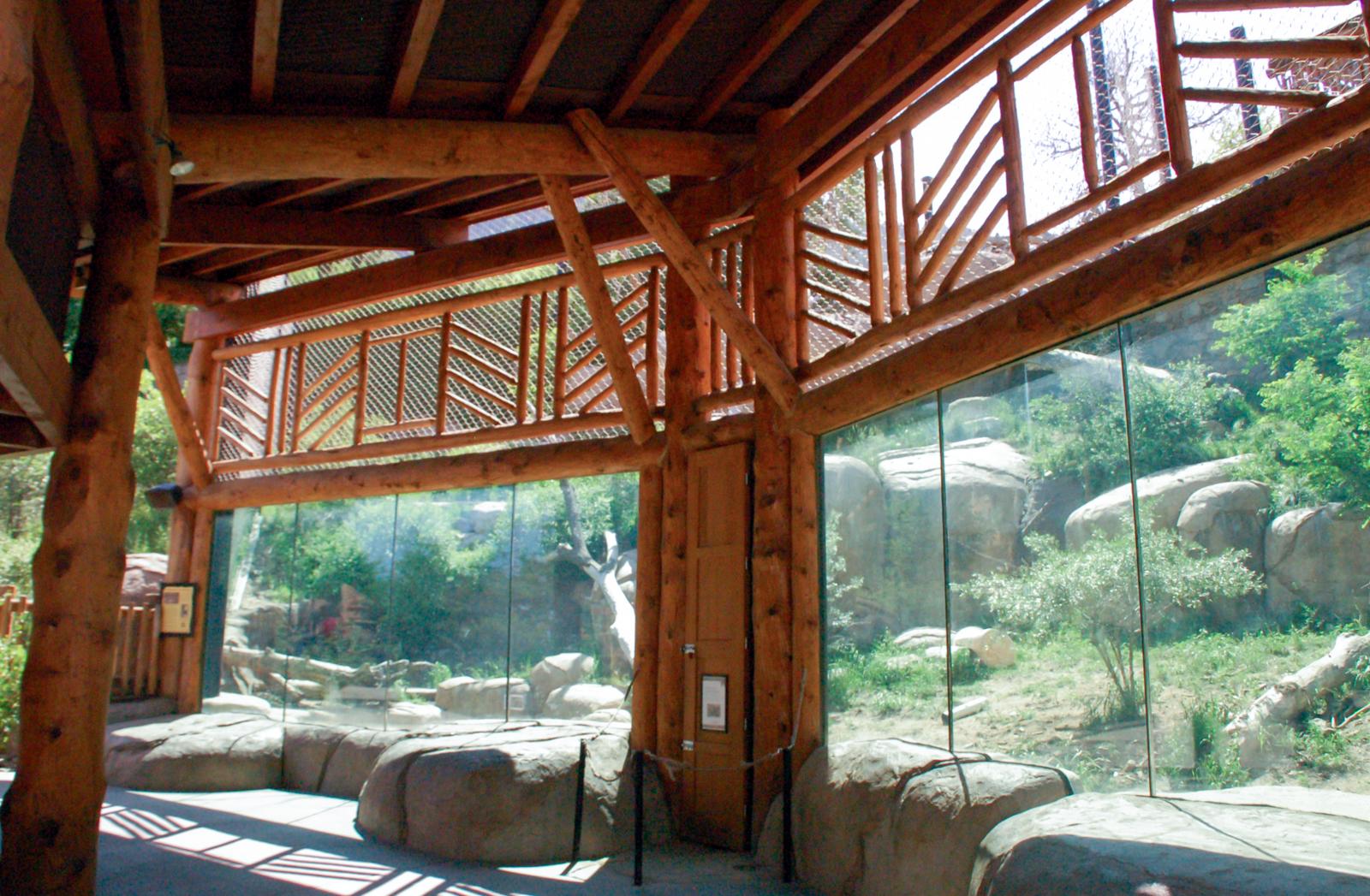 20160619-Lion viewing interior.jpg