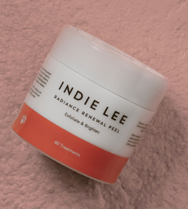I was sent a sample of this  Indie Lee Radiance Renewal Peel  and really like how easy it is to use, that there's no fragrance and how it makes my skin feel fresh.