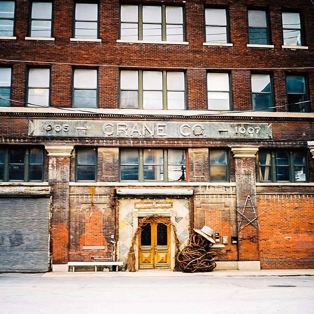 A sweet shot I got in the West Bottoms  #yashica #yashicamat124g #6x6 #mediumformat #kodakektar100 #kodak #lightroom #gorgeousphoto #PHOTOOFTHEDAY #filmisnotdead #filmphotography #film #architecture #landscape #landscapephotography