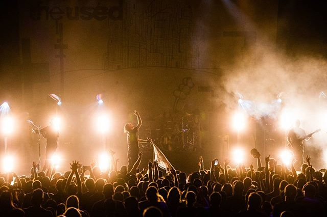 One of my #photofaves of 2016. Night 1 of 2 shooting for #theused tour.  #theused15 #epic #concert #music #emo #nostalgia