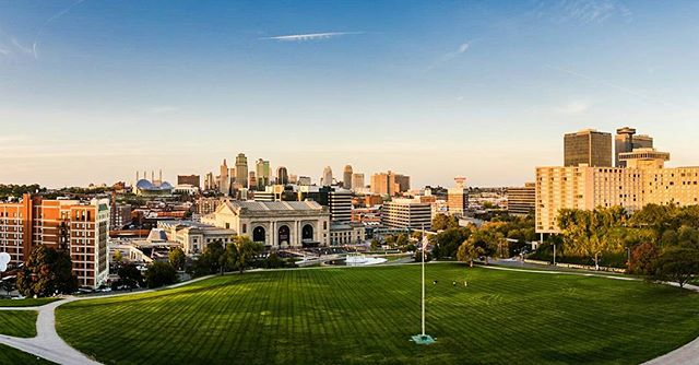 Instagram doesn't quite grasp the full size of this image. It's on my site www.coltcoan.com under landscapes  #kansascity #landscapephotography #cityscapes #beautiful #sunset #vr #panorama #photostitch