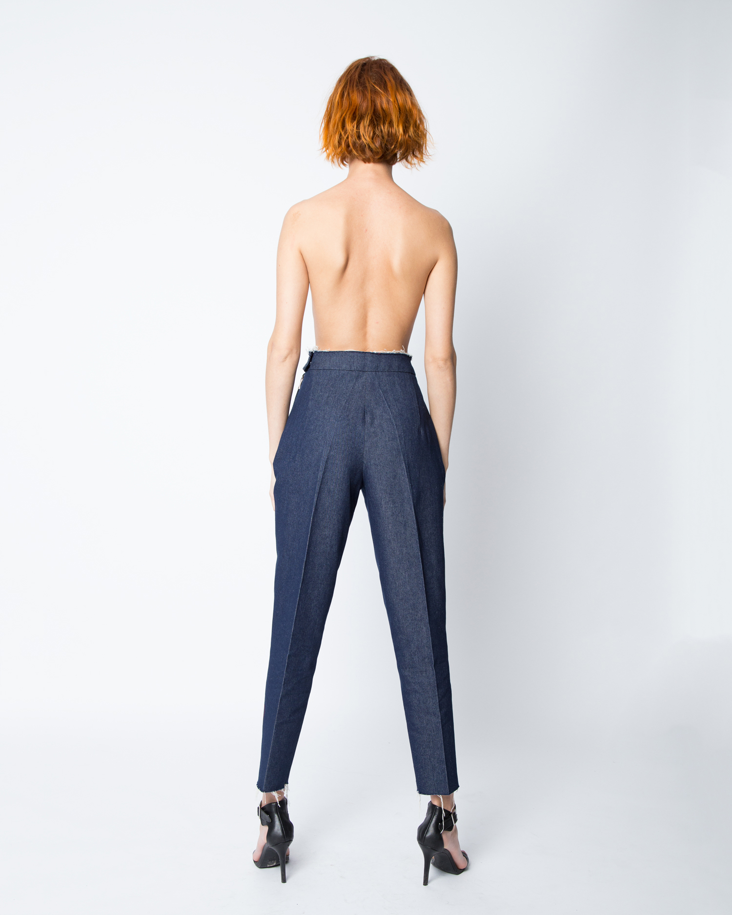 olya-kosterina-ss18-classic-denim-trousers-03.jpg
