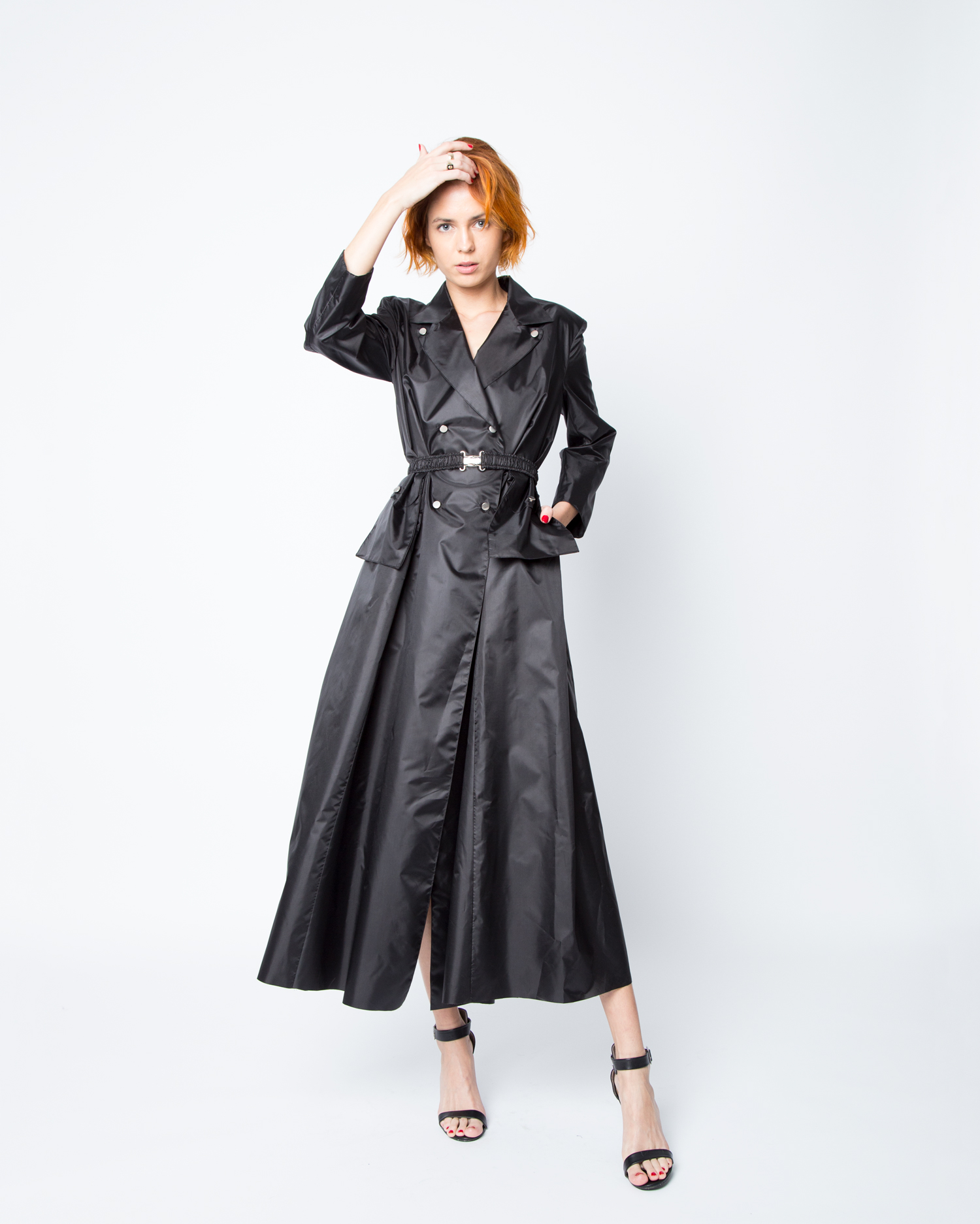 olya-kosterina-ss18-trench-dress-01.jpg