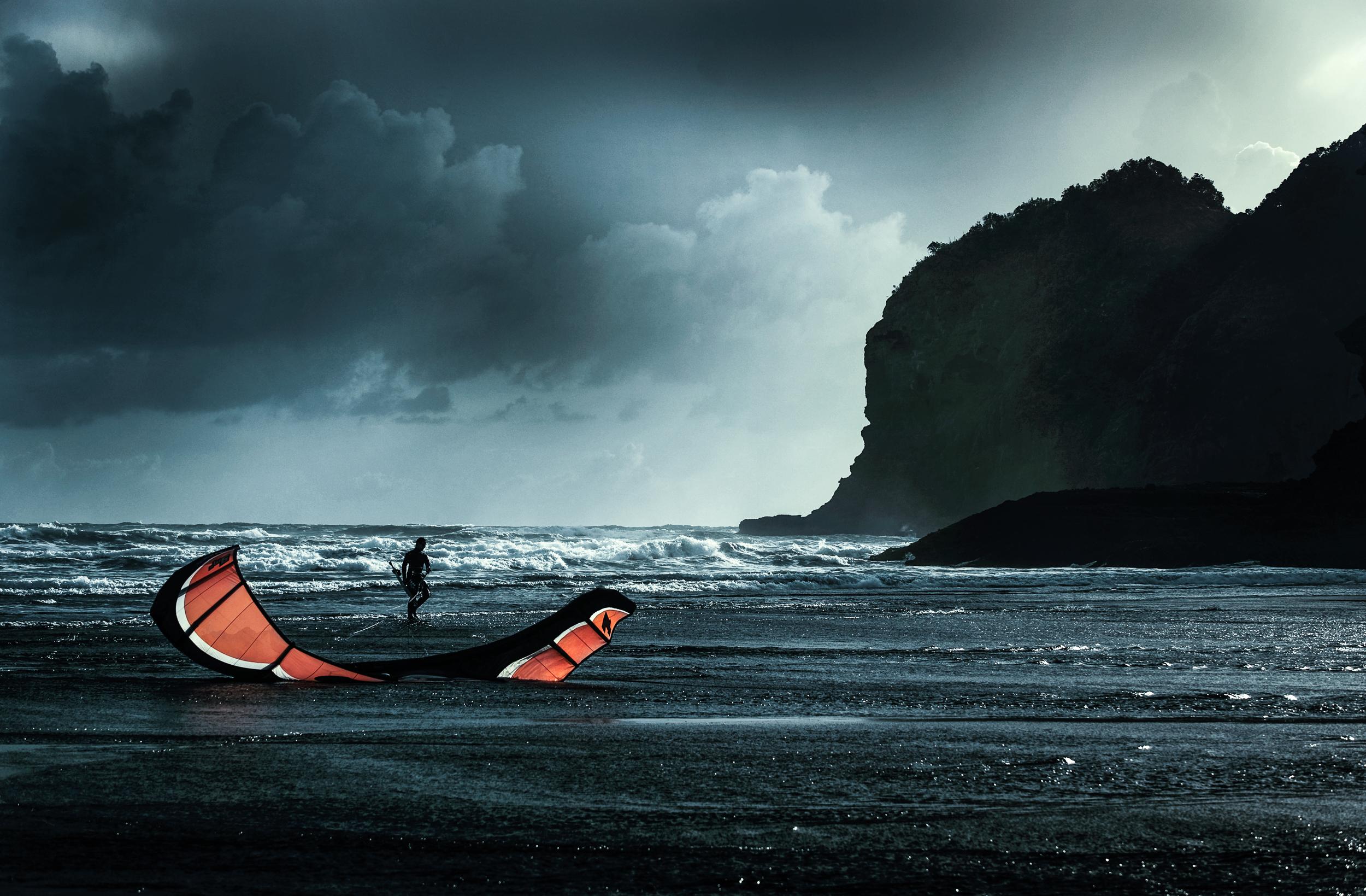 Te Henga sail-08.jpg