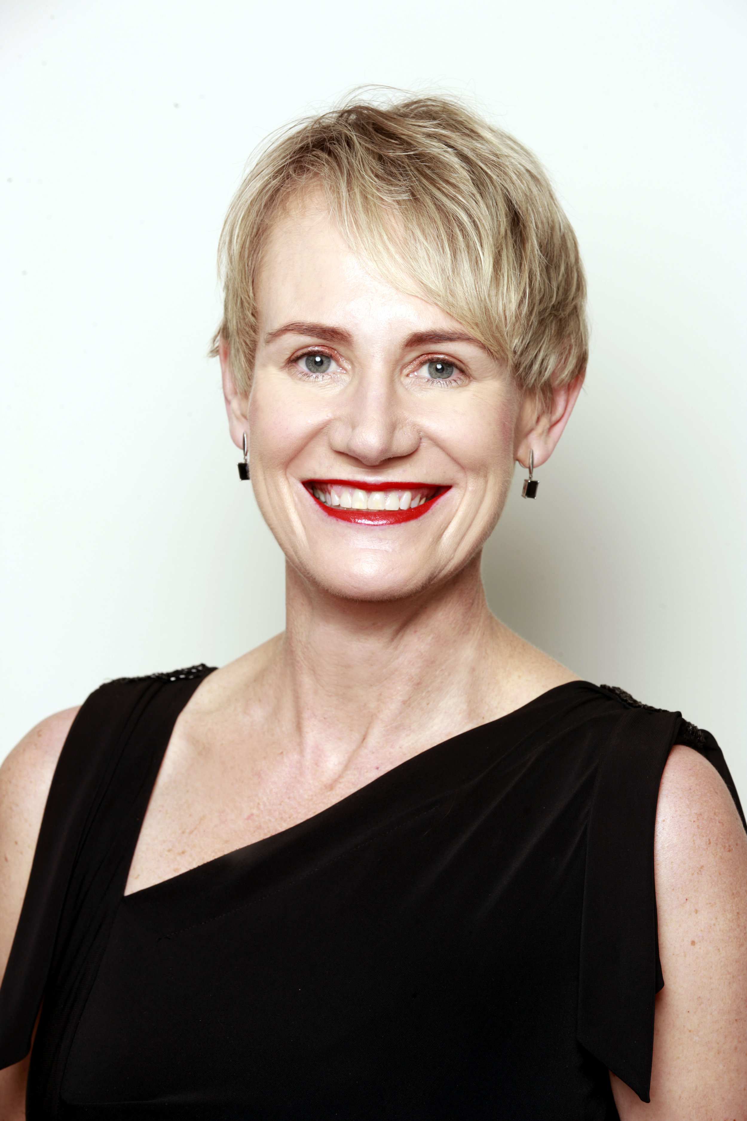 jacqui parle, director Consulting Services
