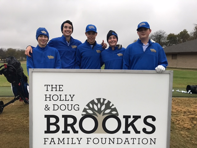 Good luck to the boys varsity team today at the Brooks Invitational.  Stay warm and score low!