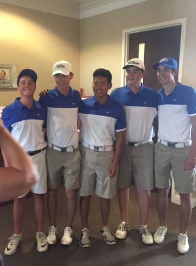 Congratulations to our Varsity Boys who finished 7th out of 13 teams at the district tournament.  They fought hard and had two very good rounds, with beating their all time best on Day 1.  Way to go boys!