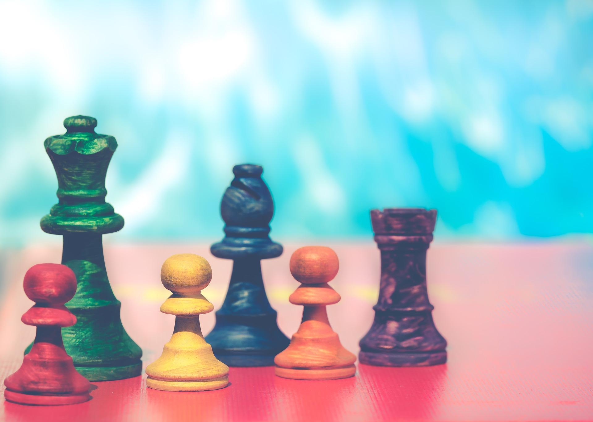 pawns-3467512_1920.jpg