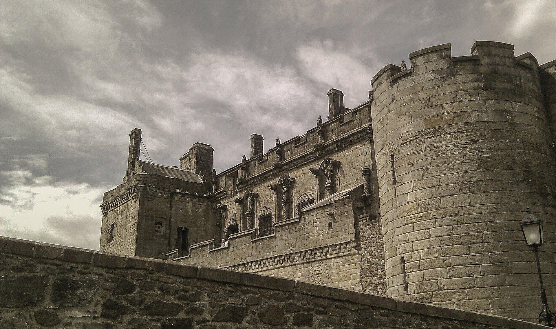 stirling-castle-202103_1920.jpg
