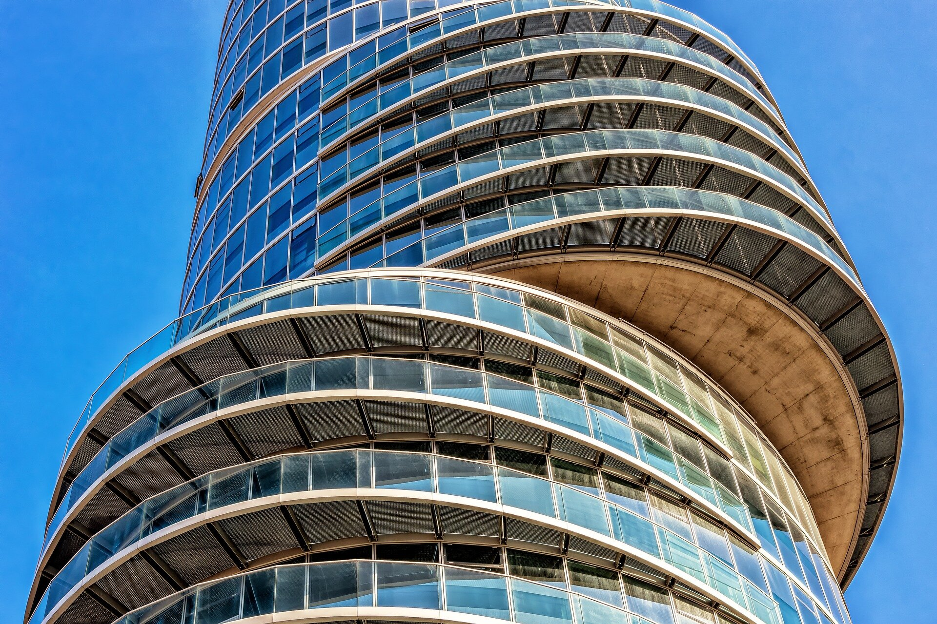 architecture-2175925_1920.jpg